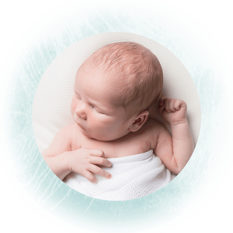 Life-in-Focus-Portraits-simple-newborn-baby-photos-Rhu-Helensburgh