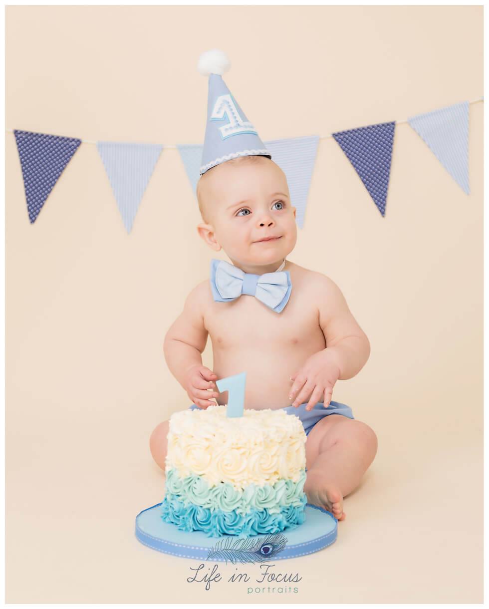 baby boy cake smash photo Life in Focus Portraits cake smash photography for babys first birthday Rhu Helensburgh Cardross
