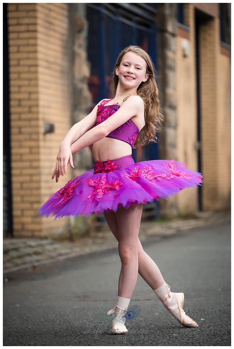 ballerina photo outdoor urban ballet dancer photoshoot Glasgow Life in Focus Portraits dance photographer Dumbarton