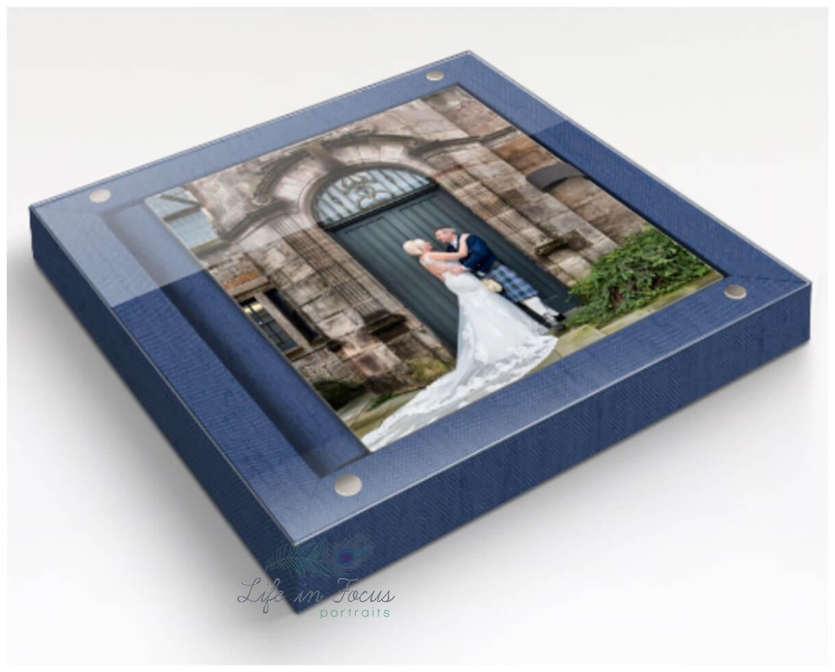 photo of wedding photography album